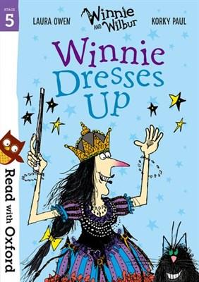 Rwo Stg 5: Winnie: Winnie Dresses Up