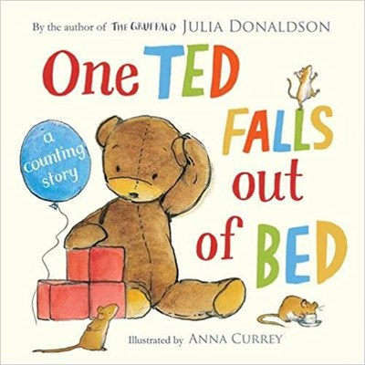 One Ted Falls Out of Bed (Cased Board Book) - фото 4551