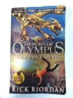 The Lost Hero (Heroes of Olympus Book 1) Paperback