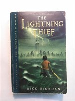 The Lightning Thief (Percy Jackson & the Olympians) Paperback